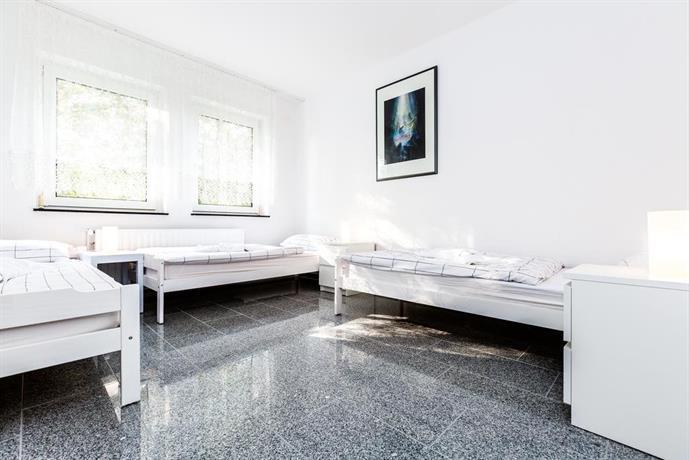 Apartments Koln Buchheim