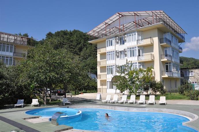 Отель Агура