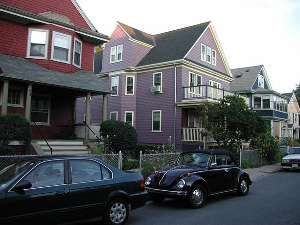 Allston Red House 1 Bed Apartment by RoyalStreet