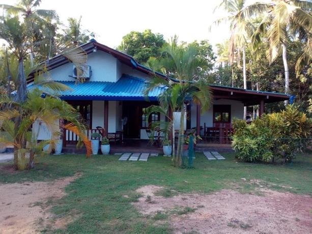 Jungle fowl lodge