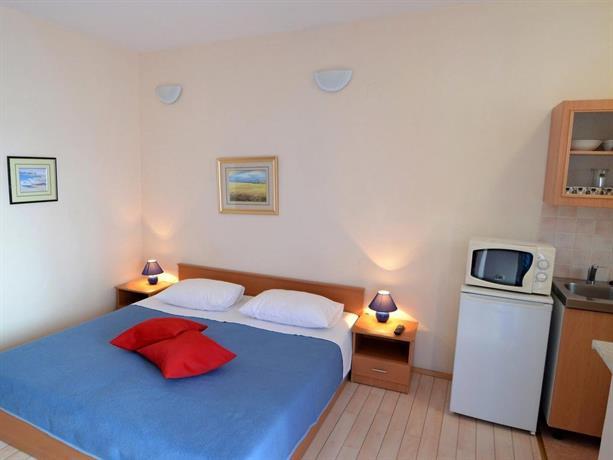 Apartment DinjiA ka 3