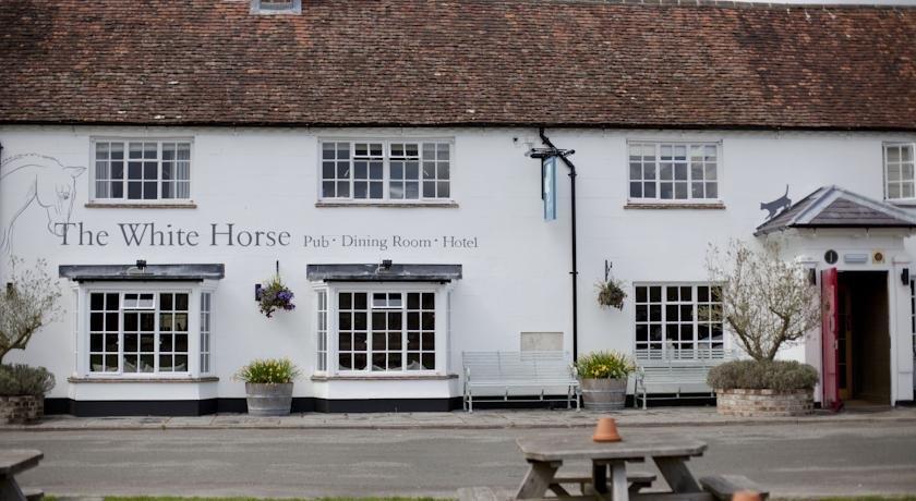 The White Horse West Dean
