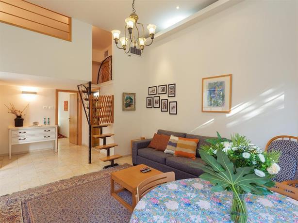 Colony suites levant apartment gerusalemme confronta for Boutique hotel gerusalemme
