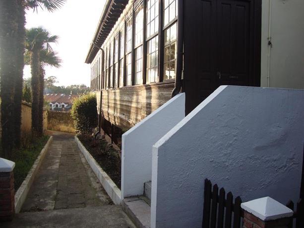 Apartamentos la guia llanes comparar ofertas for Estancia en llanes