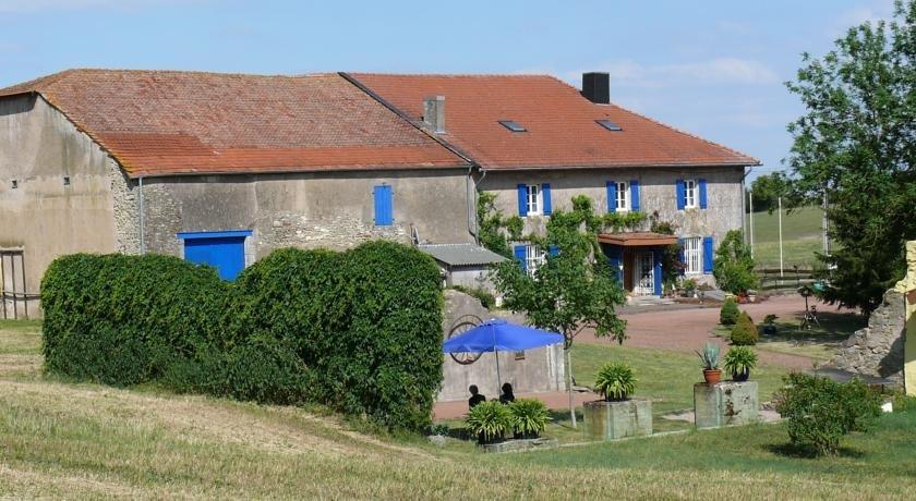Ferme du Bois Blanc, Brulange Compare Deals # Hotel Du Bois Blanc Vonnas