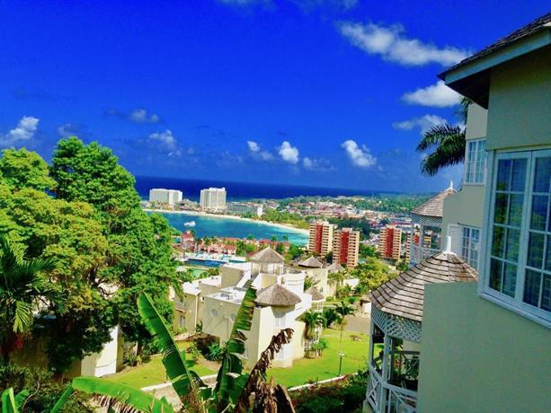 Seaview Villa 1