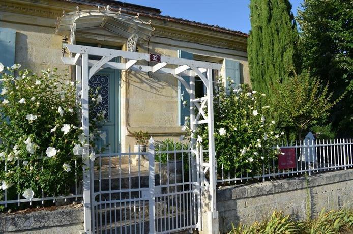 Le jardin secret saint ciers de canesse compare deals for Le jardin secret