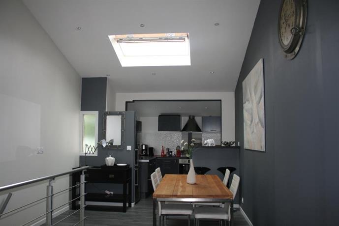 maison style loft la rochelle compare deals. Black Bedroom Furniture Sets. Home Design Ideas
