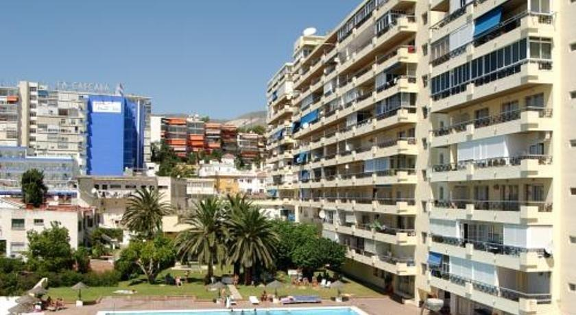 Apartamentos nucleo cristal torremolinos compare deals - Apartamentos baratos torremolinos ...