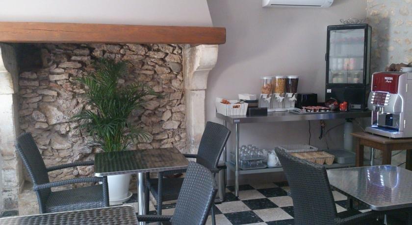 hotel les petits oreillers saint martin d 39 ard che. Black Bedroom Furniture Sets. Home Design Ideas