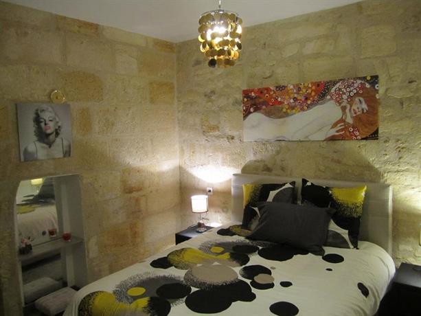 Appartements bordeaux saint michel compare deals for Appartement bordeaux st michel