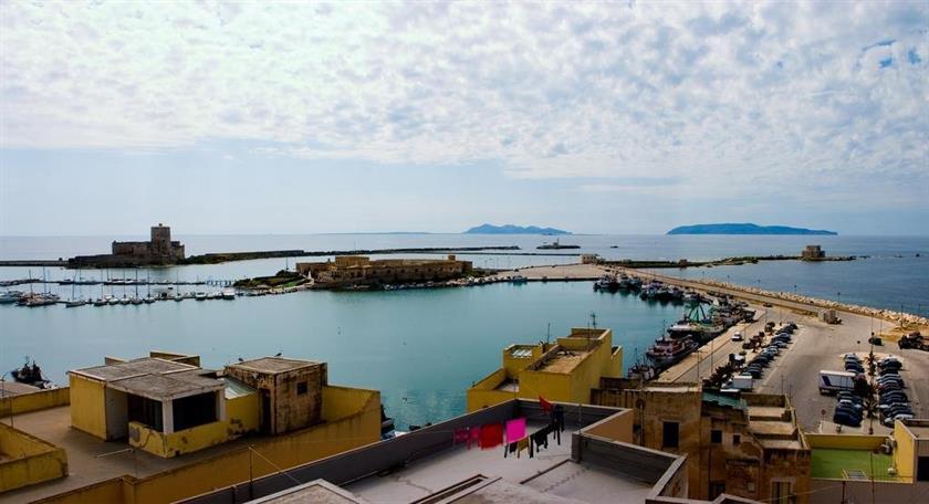 Appartamenti torri sul mare trapani confronta le offerte for Appartamenti barcellona sul mare