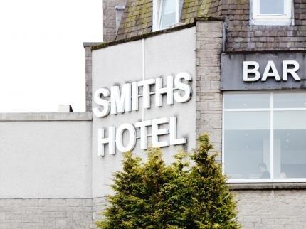 Smiths Hotel Kirkintilloch