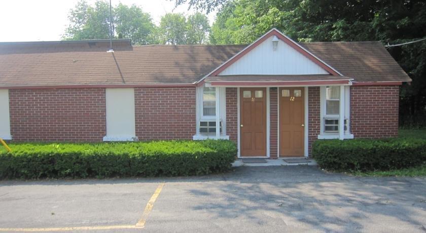 Pinecrest Motel New Hartford