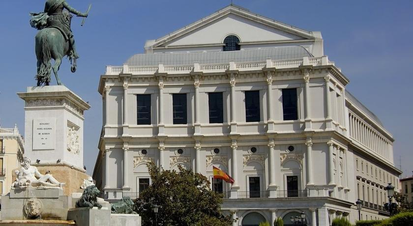 Apartment mayor madrid compare deals for Appart hotel madrid