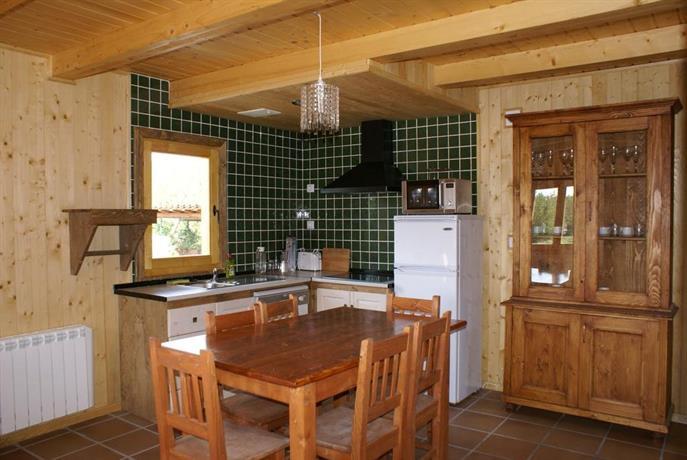 Casas rurales xalet de prades compare deals - Casas rurales de madera ...