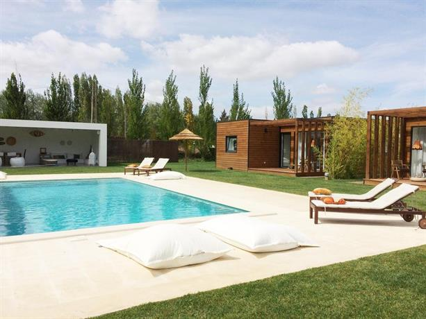 Country house santarem santar m compare promo es for Piscina jose garces