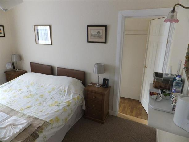 Fair Isle Bed and Breakfast, Fortrose - Compare Deals