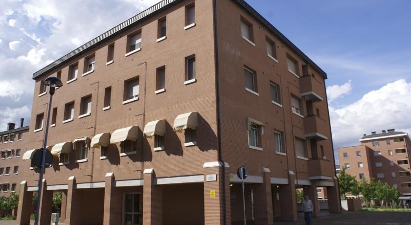 Olly Apartments