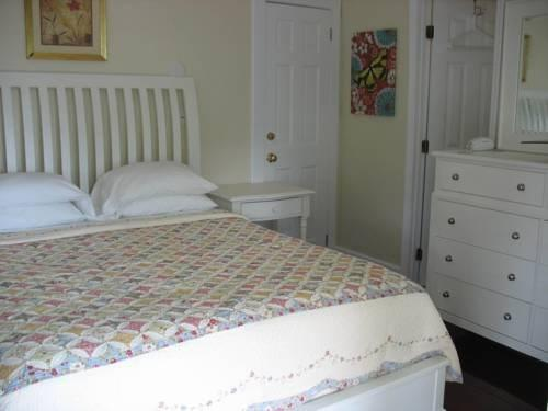 duval gardens key west. About Duval Gardens Bed \u0026 Breakfast Key West