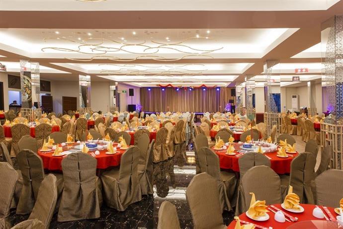 Dsovia hotel bandung compare deals about dsovia hotel bandung junglespirit Gallery
