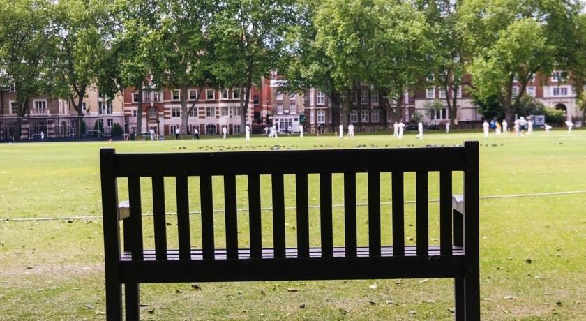 Hotels Near Eaton Square London