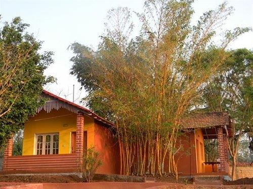 Kabini Lake View Resort,Nagarhole-Kabini:Photos,Reviews,Deals