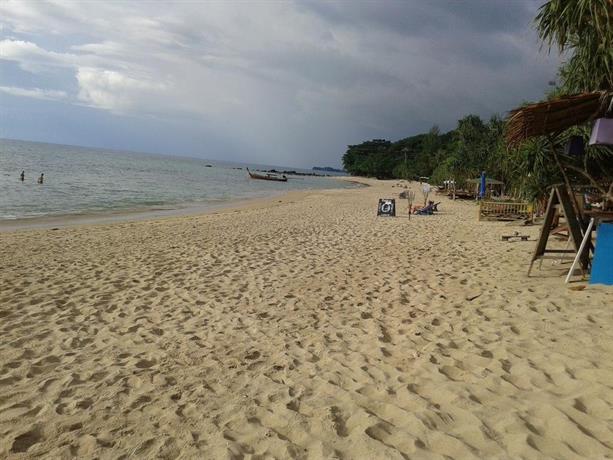Andaman Bay Bungalow  Ko Lanta