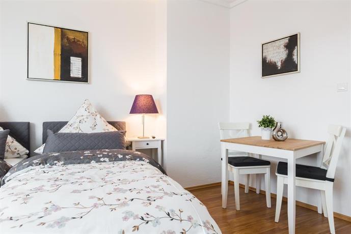 Apart2stay dusseldorf compare deals for Appart hotel dusseldorf