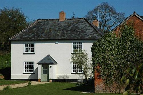 Lancercombe Farm - Bed and Breakfast