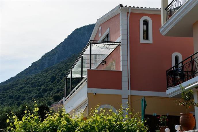 Sarakinos apartments