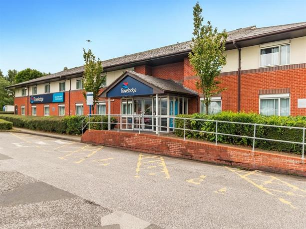 Travelodge Manchester Airport Hotel