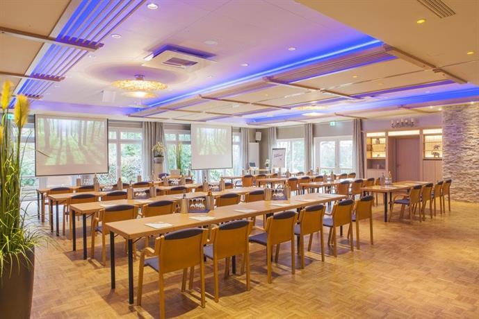 Landidyll hotel backenkohler delmenhorst compare deals for Hotel delmenhorst