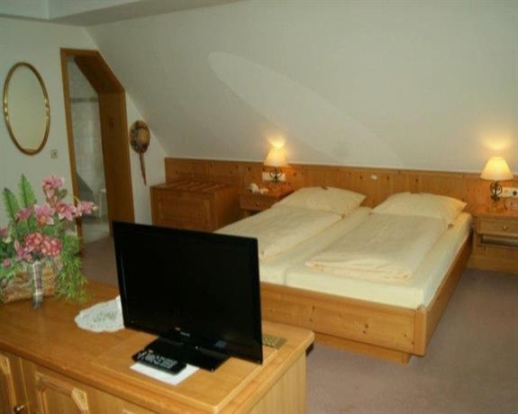 Landhotel Buchenhof Garni - room photo 7214915