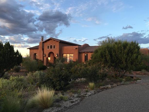 Casa Acoma