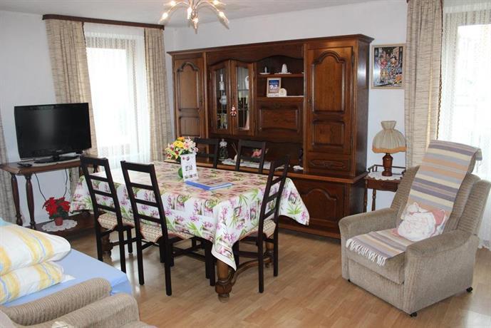 location meuble issenheim confronta le offerte. Black Bedroom Furniture Sets. Home Design Ideas