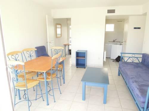 residence l 39 oree de montpellier saint georges d 39 orques compare deals. Black Bedroom Furniture Sets. Home Design Ideas
