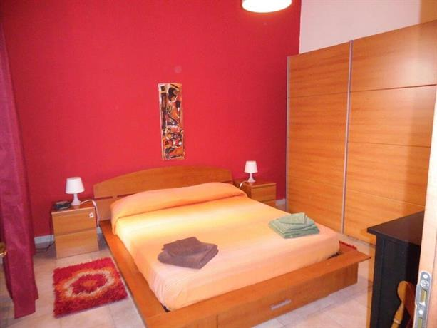 Appartamento nel centro storico di siracusa syracuse for Hotel siracusa centro storico