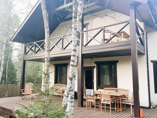 Country house next to Igora Resort