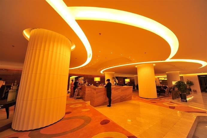 Dalian S&n International Hotel  Compare Deals. Essex House Hotel. Grand Mumtaz Resort. Hotel Viverde Las Tirajanas. San Luca Palace Hotel. Hotel LuZan. Watermill Resort. Ambassador Inn And Suites. Malostranska Residence