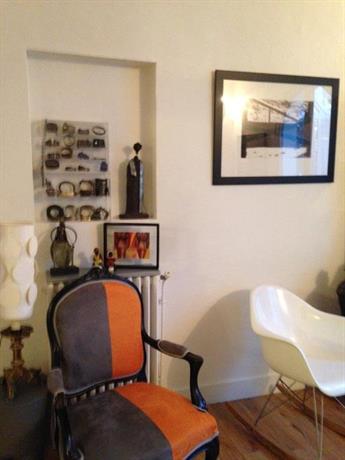 la maison rose bordeaux compare deals. Black Bedroom Furniture Sets. Home Design Ideas