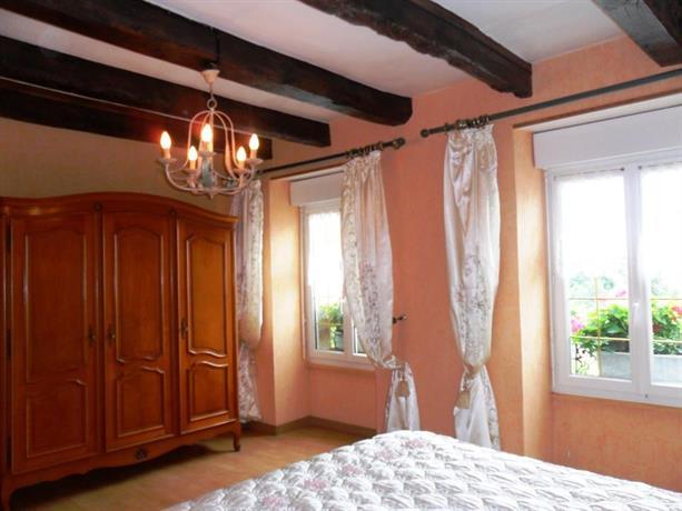 Chambres d 39 hotes la licorne pourpre baie du mont saint for Chambre d hote mont saint michel
