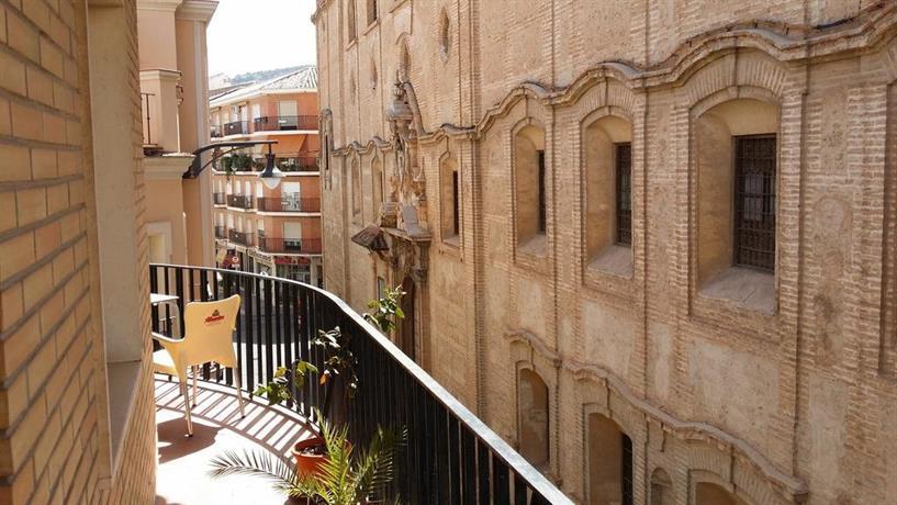 Hotel meson el numero uno antequera compare deals for Hotel numero
