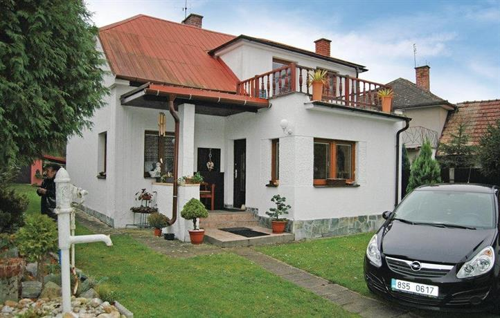 Holiday Home Ledce u Ml Boleslavi 04