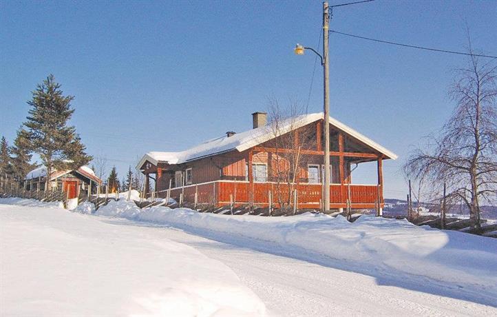 Holiday home Svingvoll Hjelmstadvegen