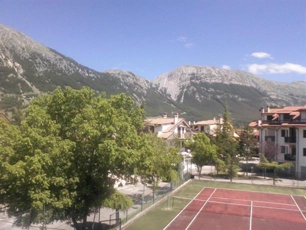 Case vacanze in montagna campo di giove compare deals for Piani casa montagna colorado