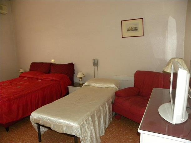 Hotel Nuovo Diana Napoli