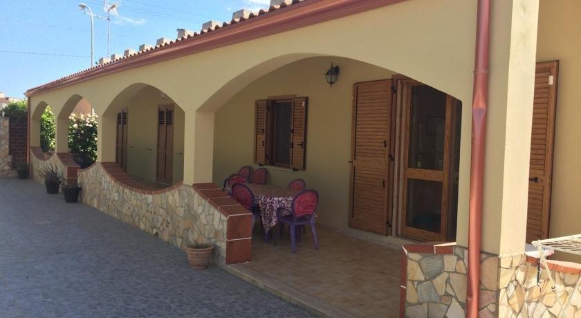 Villa arenella siracusa confronta le offerte for Offerte hotel siracusa