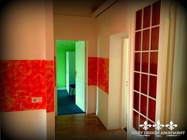 Cozy design apartment riga compare deals for Design apartment riga