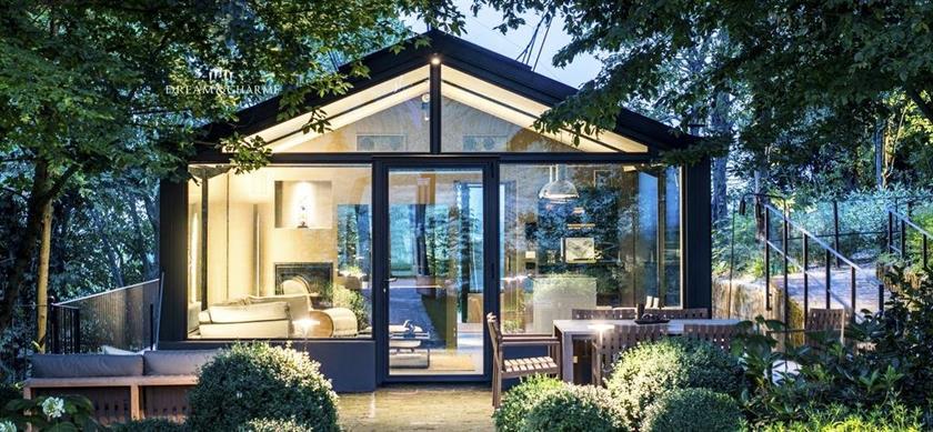 Glass House Dream&Charme